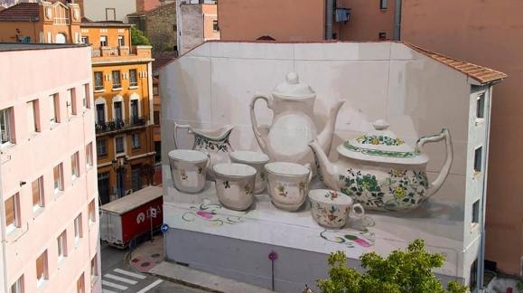 El Mundo del Pintor aportando su granito de arena en el Festival de intervención mural de Oviedo